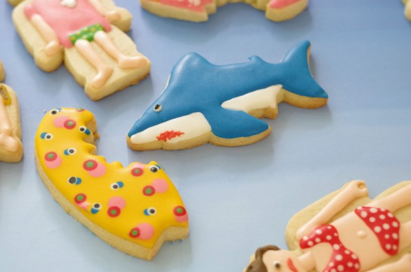 doctorcookies-SharckAttack!-chicas