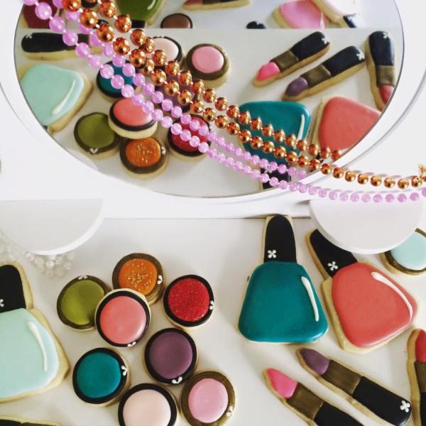 doctorcookies-make-up-cookies