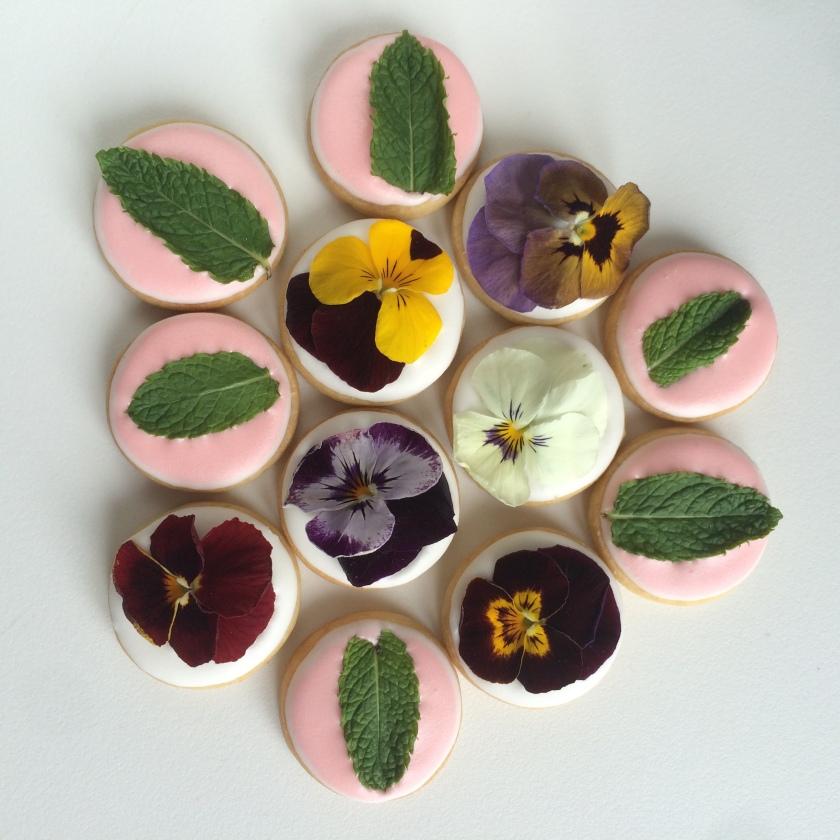 doctorcookies galletas flor comestible edible flower cookies (12)