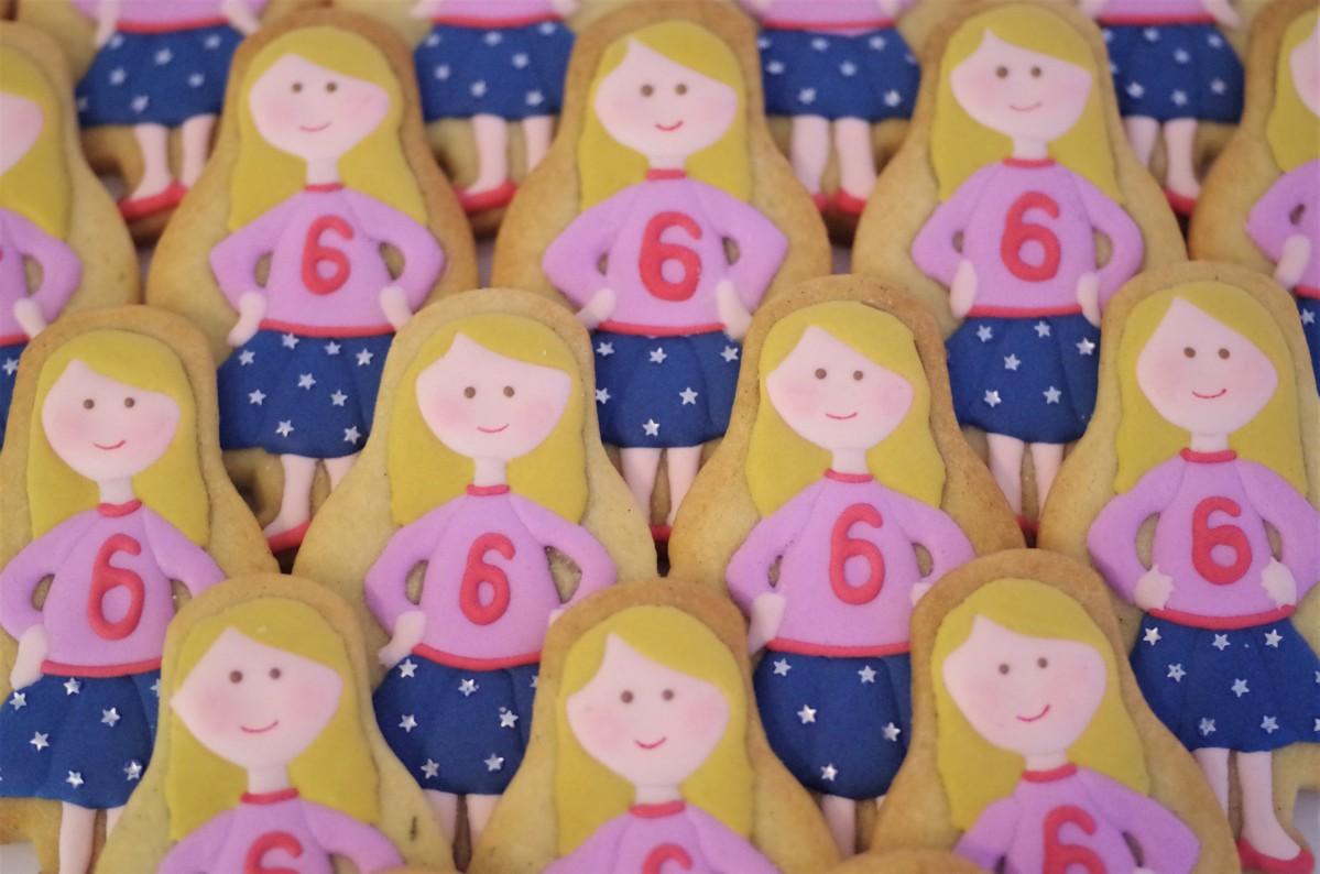 doctorcookies-galletas-decoradas-muneca-emma-15