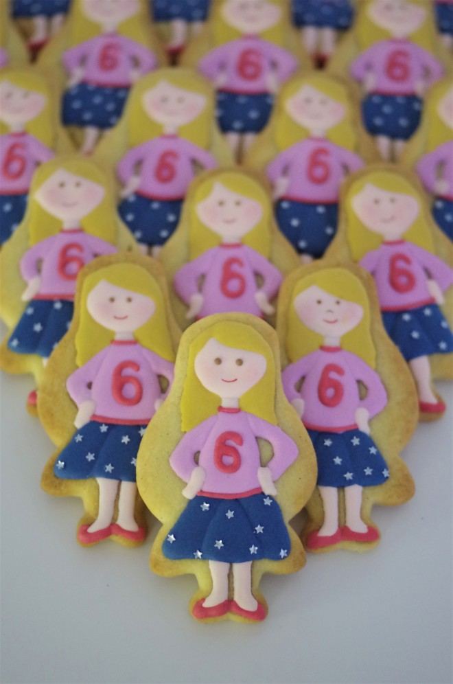 doctorcookies-galletas-decoradas-muneca-emma-16