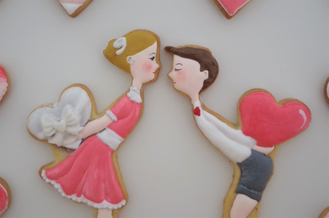 doctorcookies-valentines-kiss-cookies-10