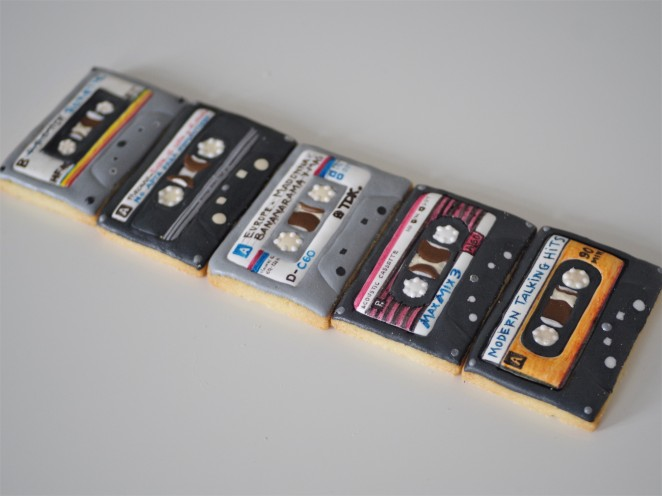 doctorcookies galletas decoradas cassette pop k7 cookies (26).JPG