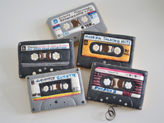 doctorcookies galletas decoradas cassette pop k7 cookies (27).JPG
