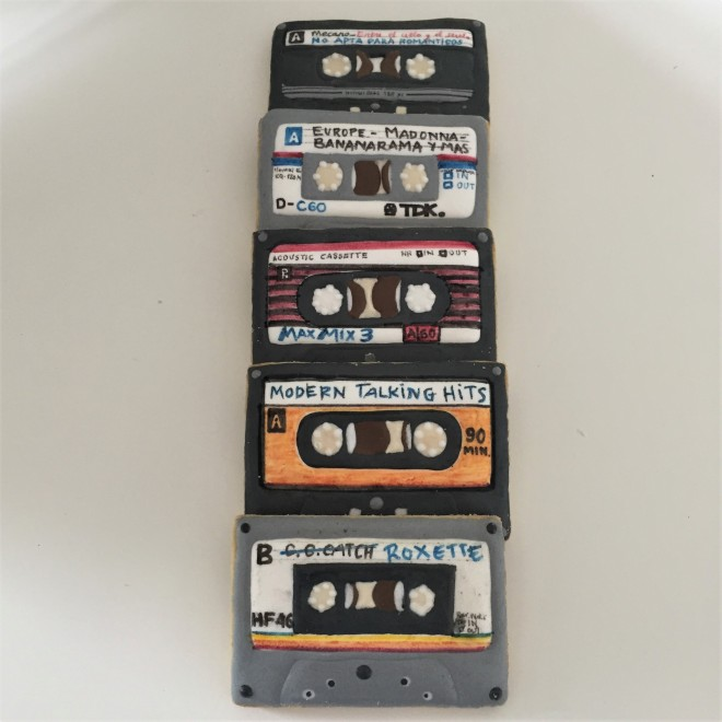 doctorcookies galletas decoradas cassette pop k7 cookies (6).JPG